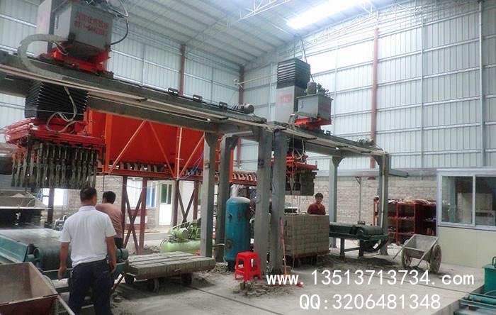 广东年产6000万灰砂蒸养砖机生产现场