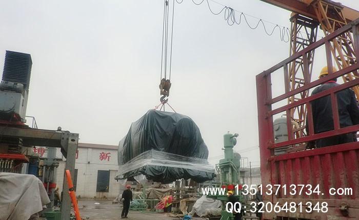 >澳大利亚600吨卧shi轮轴压装机发货现场